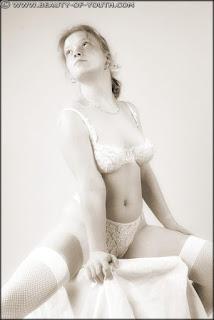 可爱的女孩 - rs-yob_lnd_003_Linda_003_016-782938.jpg