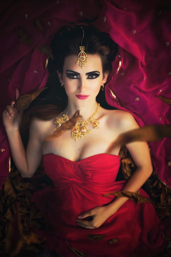 Galina thomas, beauty blogger, arabic makeup gold, asian wedding birmingham, hair and mua west midlands