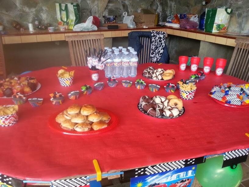 Ideas para la decoraci n de fiestas infantiles cumplea os for Decoracion de cuarto hot wheels