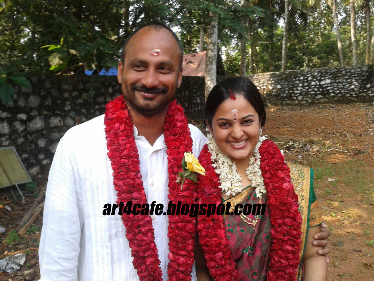 manoj malayalam serial actress srinidhi wedding stills asianet serial