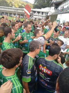 Equipe do Fonte Santa comemora campeonato no 1º Quadro