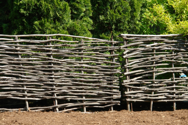 Do you have a flag simple scenery making 28mm wattle fences for Building a fence around a garden