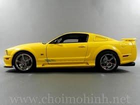 Xe mô hình tĩnh Ford Saleen Mustang S281 hiệu AUTOart tỉ lệ 1:18