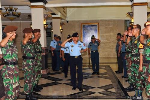Danjen Akademi TNI - Perang Modern Butuh Kecanggihan Otak