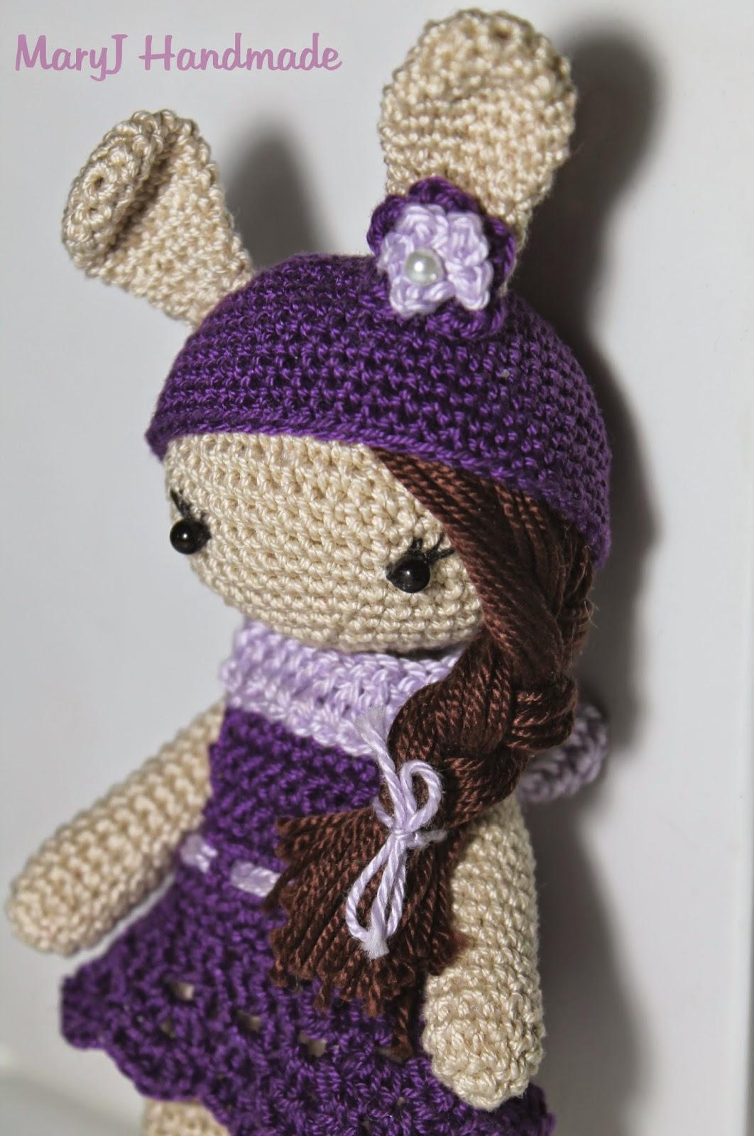 MaryJ Handmade: Bambolina - coniglietto amigurumi