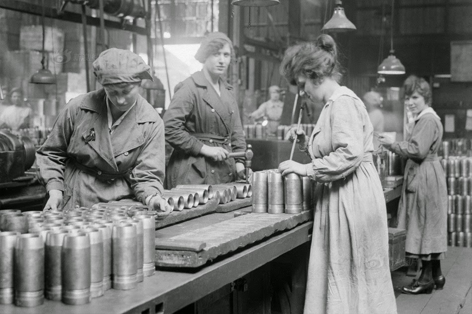 contributions of women in ww i Get an answer for 'how did african americans contribute to world war 1' and find homework help for other history questions at enotes how did men,women.