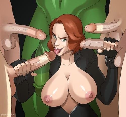 опытная минетчица с обнаженной грудью