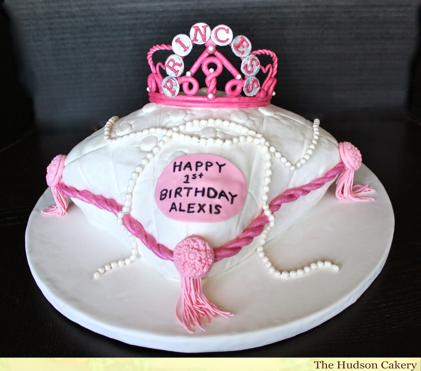 Top 77 Photos Of Cakes For Birthday Girls Cakes Gallery