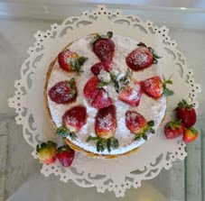 Naked Cake morangos