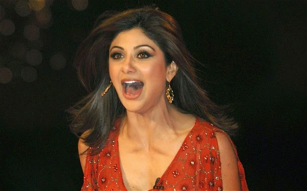 shilpasetti-car-accident-missed