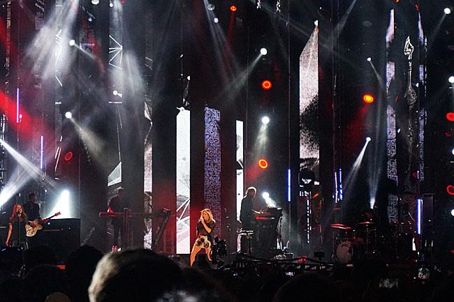 Ellie Goulding MTV EMAs Milan