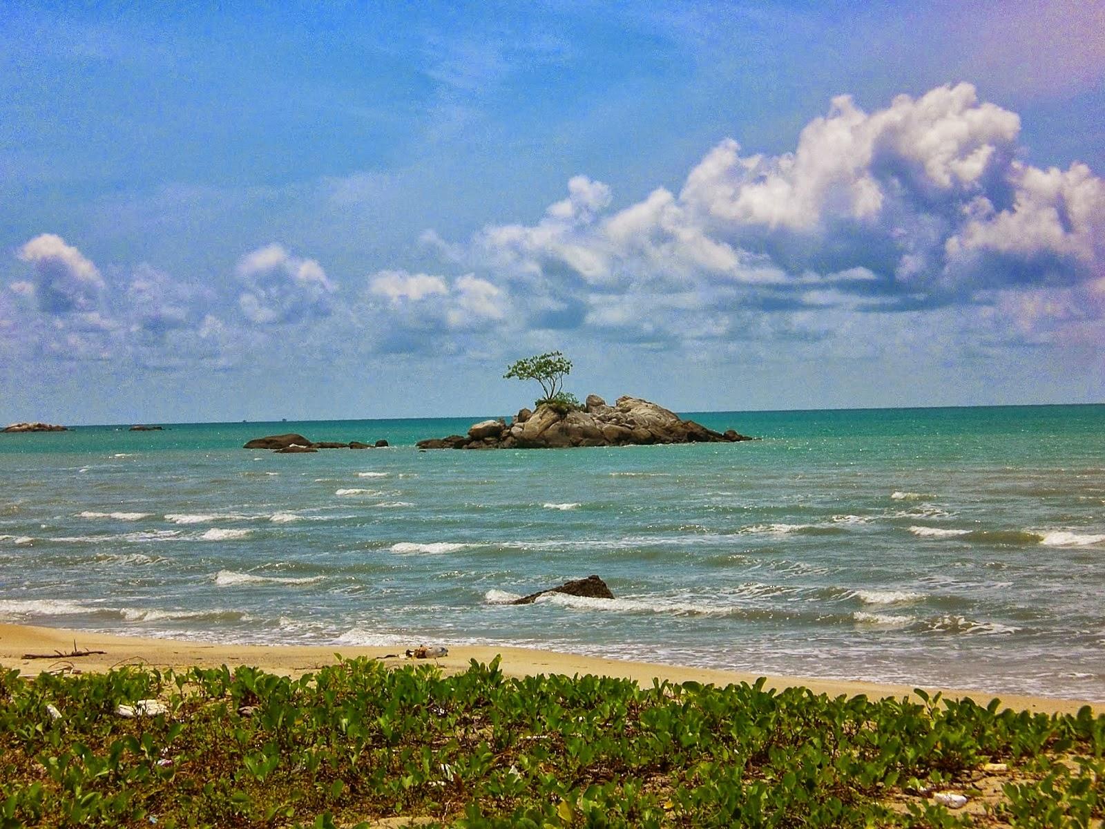 batu bedaun beach
