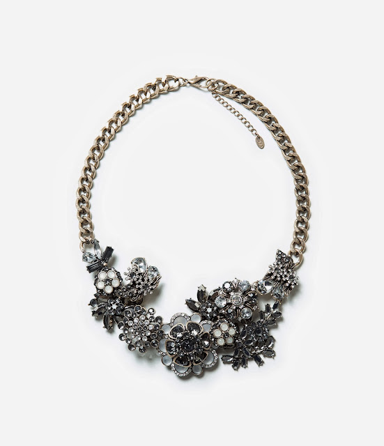 zara flower necklace