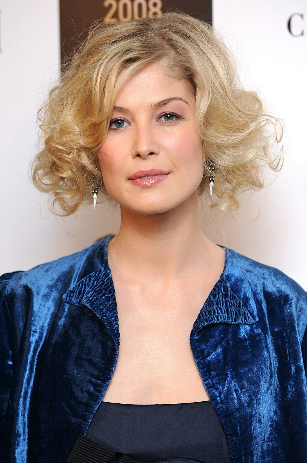 Movie Casting News: Rosamund Pike joins cast of 'A Long ...