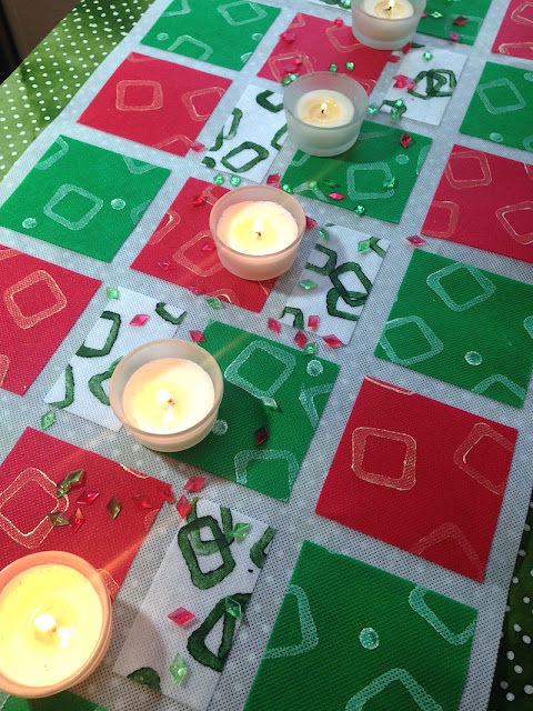 paint-stamped no-sew christmas table runner lisa fulmer