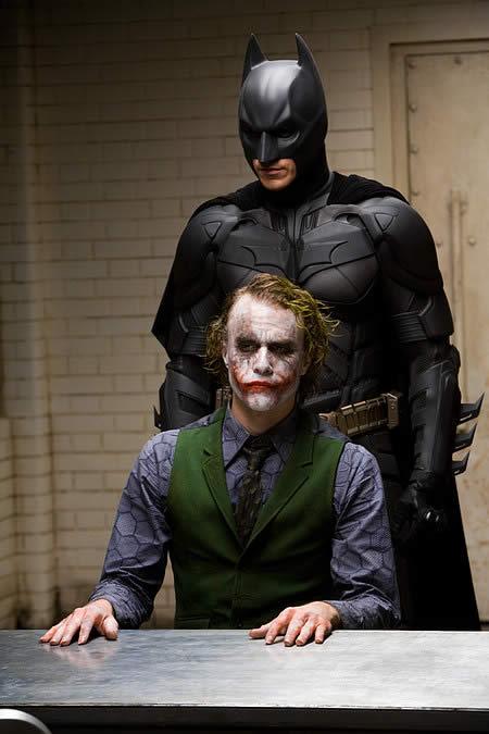 Qual herói ou personagem vc mais se identifica ou queria ser? Filme-the-dark-knight-batman-the-joker