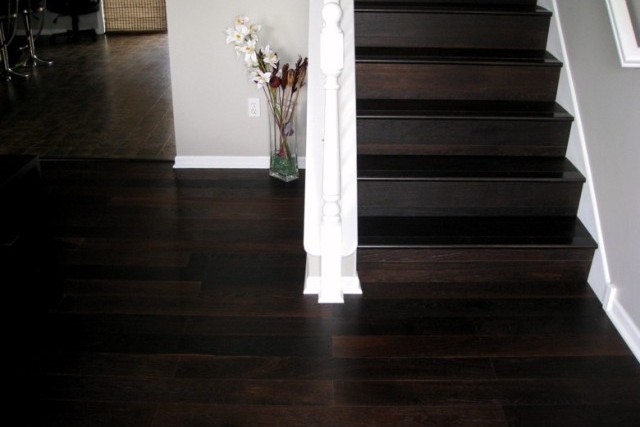 Dark Color Engineered Wood Floor 640 x 427