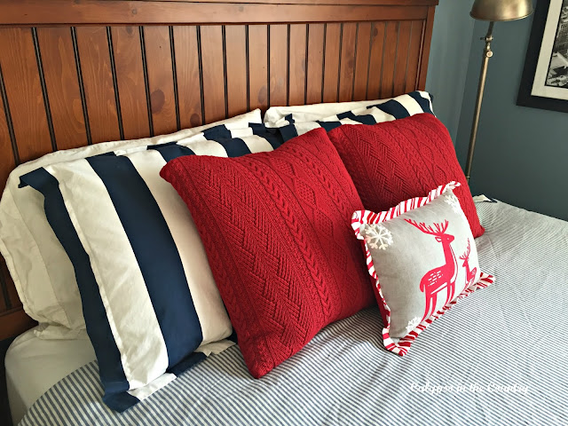 Christmas Pillows in Kids Room