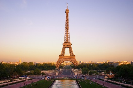 Vacanze in bed and breakfast guida alla citt di parigi for Parigi wallpaper