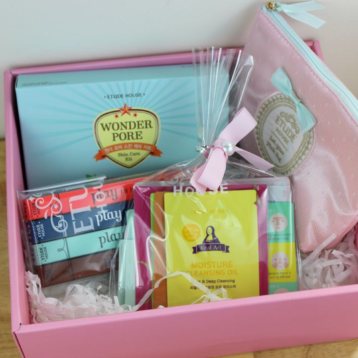 July 2015 Etude House Pink Bird Box