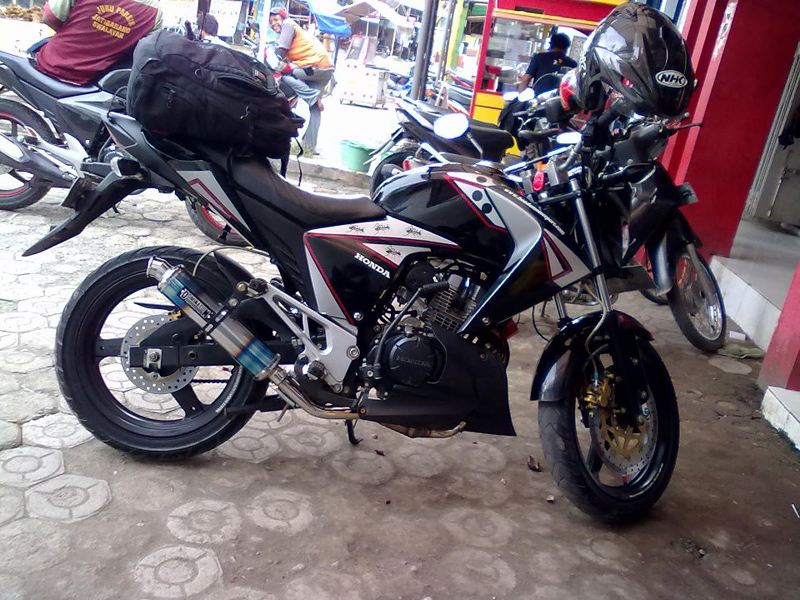 Variasi Motor Megapro 2005 terbaru