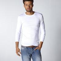 Tricouri, bluze