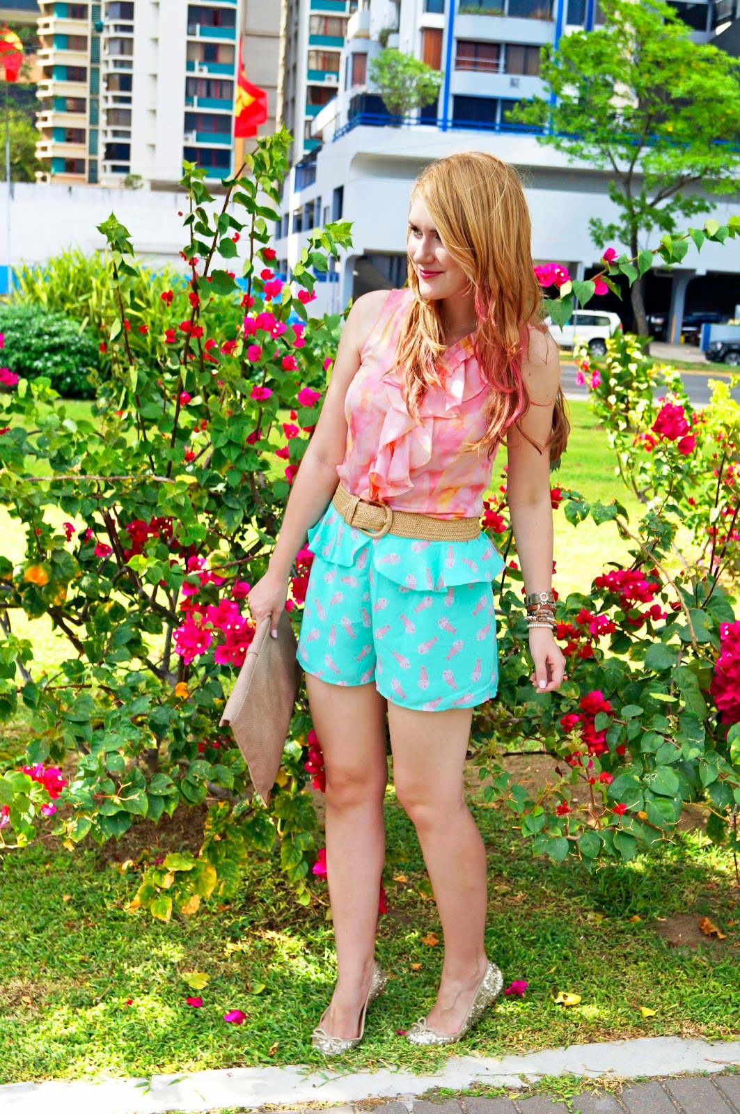 Casual Summer outfit in pink and aqua!
