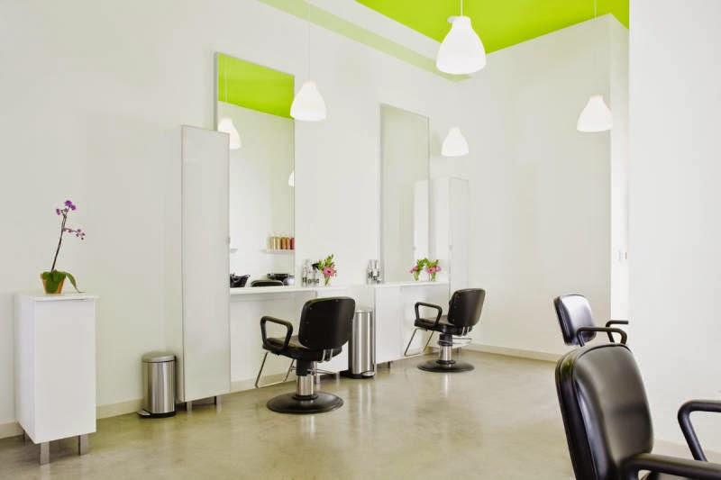 La decoracion del salon de belleza a traves de los a os for Decorar mi centro de estetica