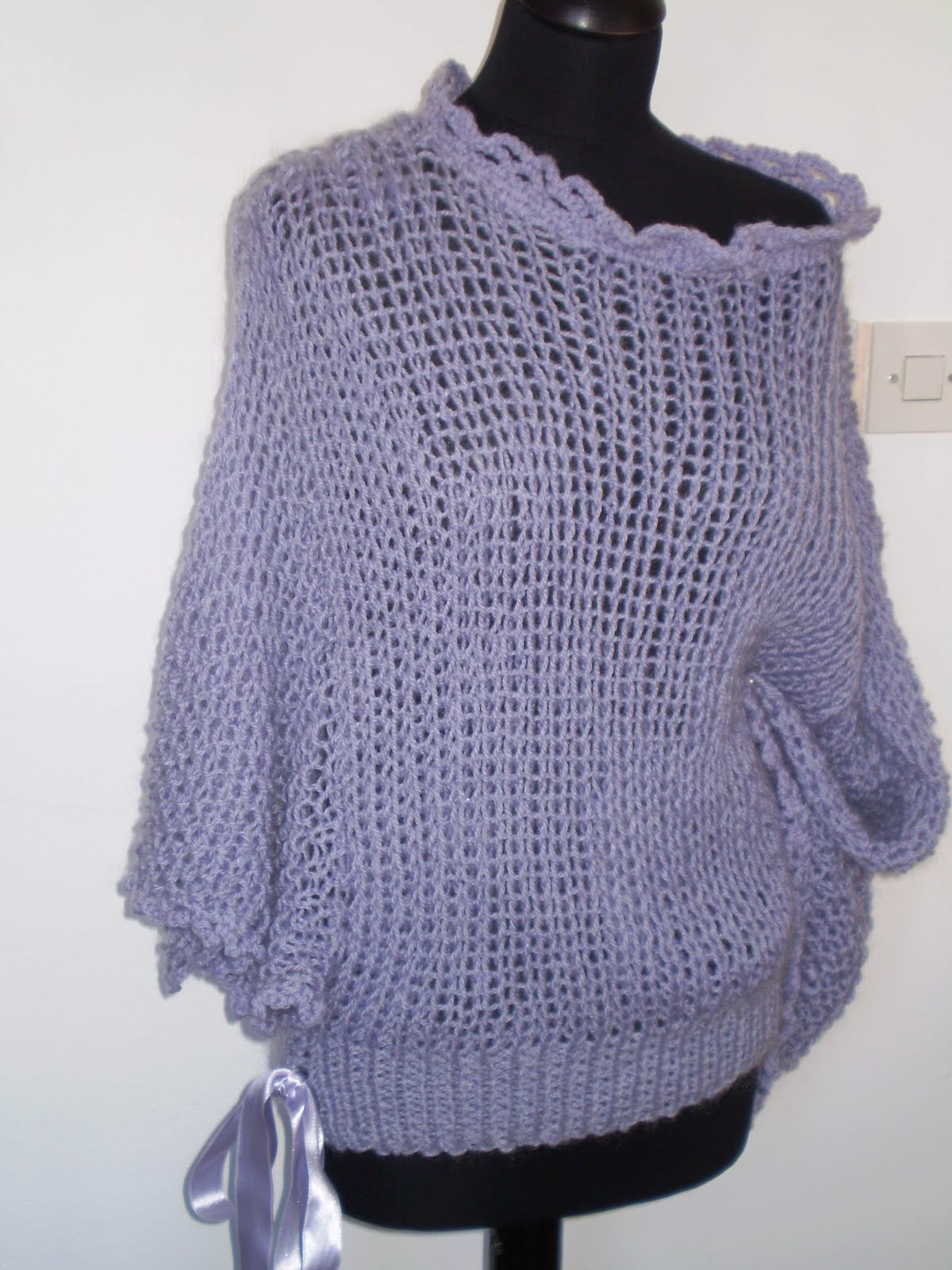 Knitting Pattern Lavender Bag : DIVNAS SWEATERS: Purple woollen hand knitted bag and purple sweater