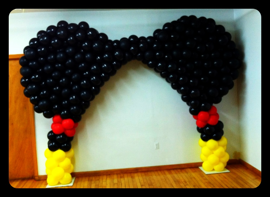 Homemade Parties: More Meeska Mooska Mickey Mouse Balloon Art!