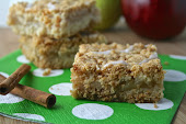 Apple Cider & Pear Crumb Bars