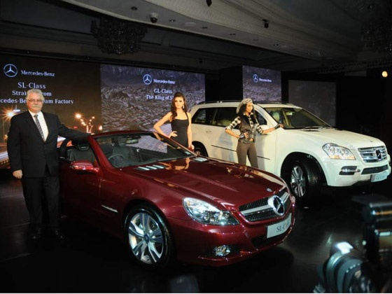 2006 Mercedes Benz Sl 350. Mercedes-Benz has been one of