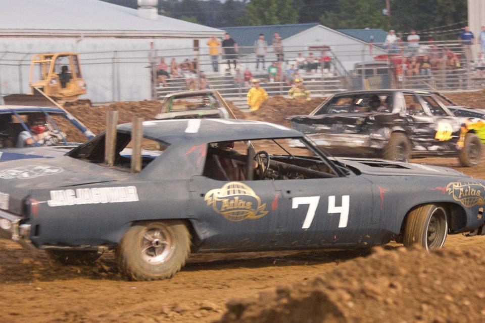 Building Demolition Derby Car : Sfp