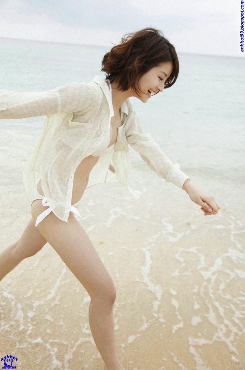 chinami-suzuki-01205329