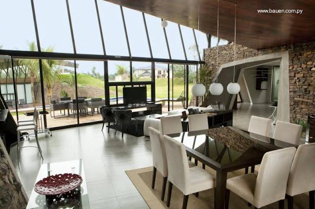 Interior de una de las modernas casas