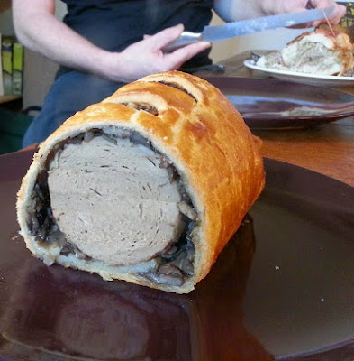 Simple Vegetarian Or Vegan Wellington Pie
