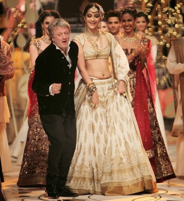 http://www.roomeetimes.com/rohit-bal-collection-at-india-bridal-fashion-week-2013.html