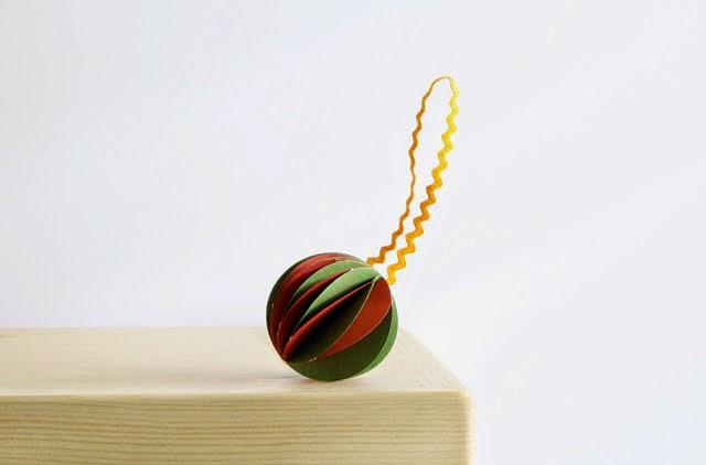 DIY, Adorno de Navidad con Papel