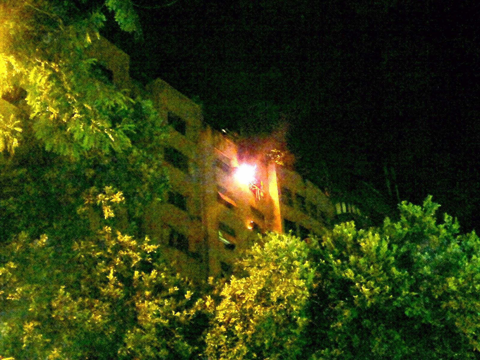 #C1900A  Eletricista: Um ar condicionado causou incêndio em 4 apartamentos 4212 Instalar Ar Condicionado Janela Apartamento