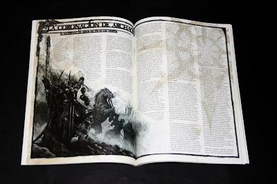 Página interior del Catálogo 2003 con la historia de la Coronación de Archaon