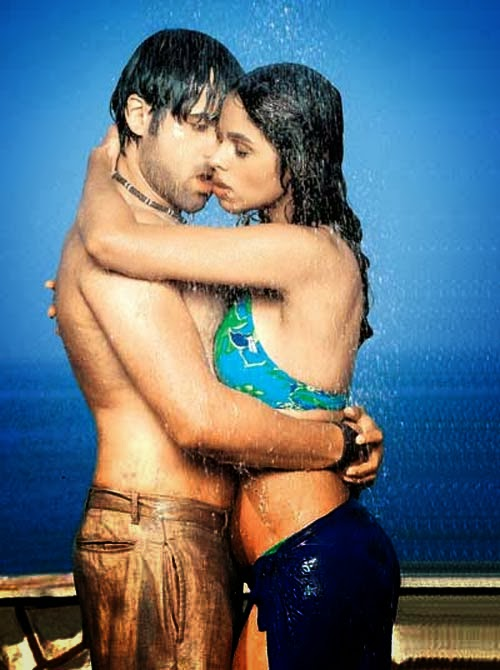 Emraan Hashmis Hot Kisses With