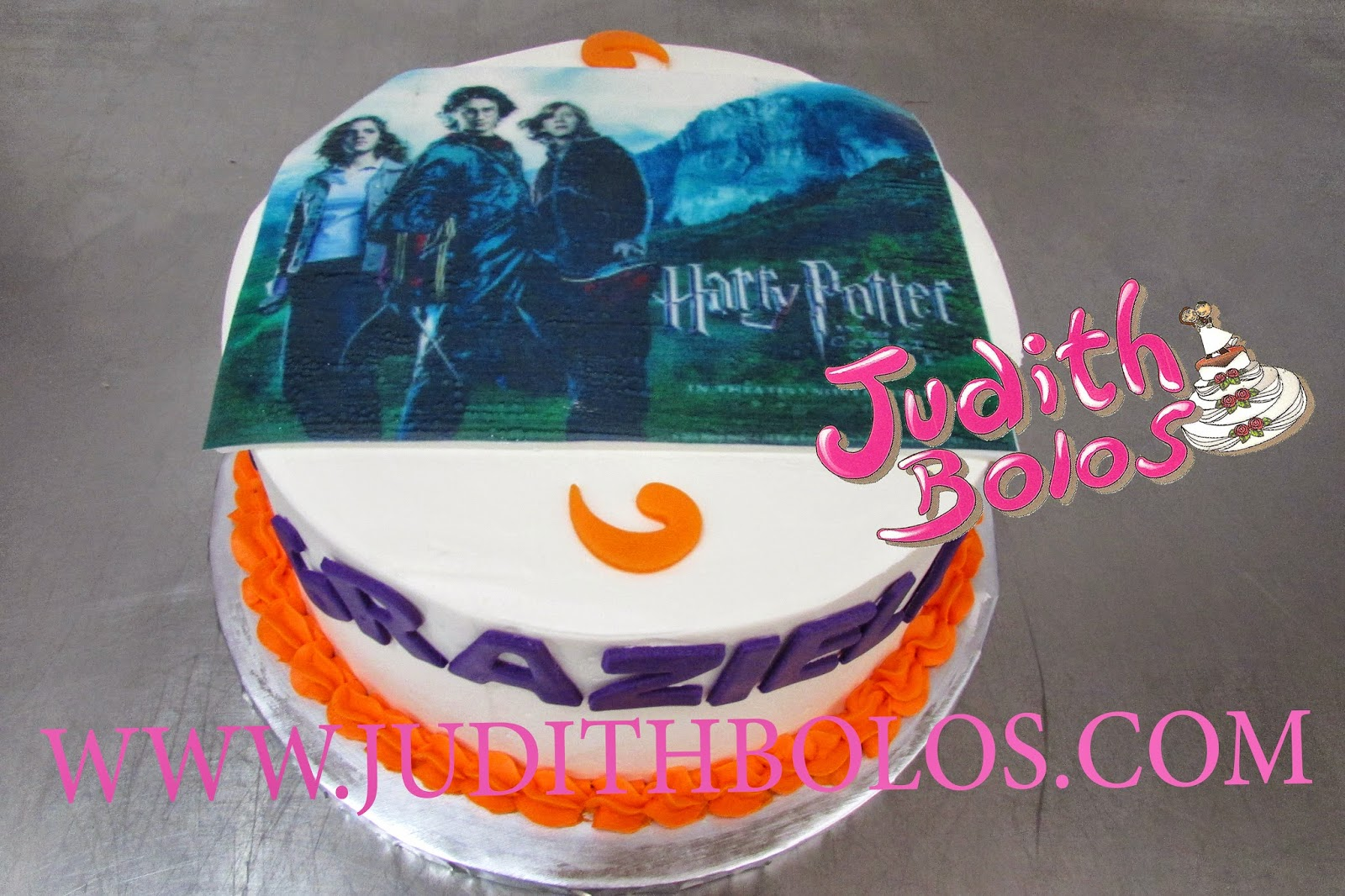 BOLO DECORADO NO TEMA DO HARRY POTTER