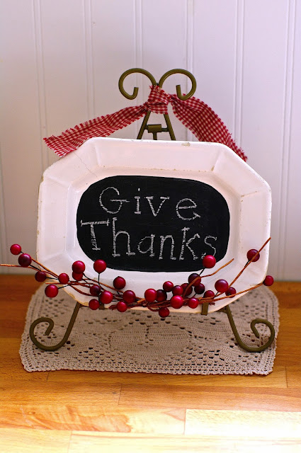 DIY Thanksgiving chalk board platter by Sew Sweet Vintage