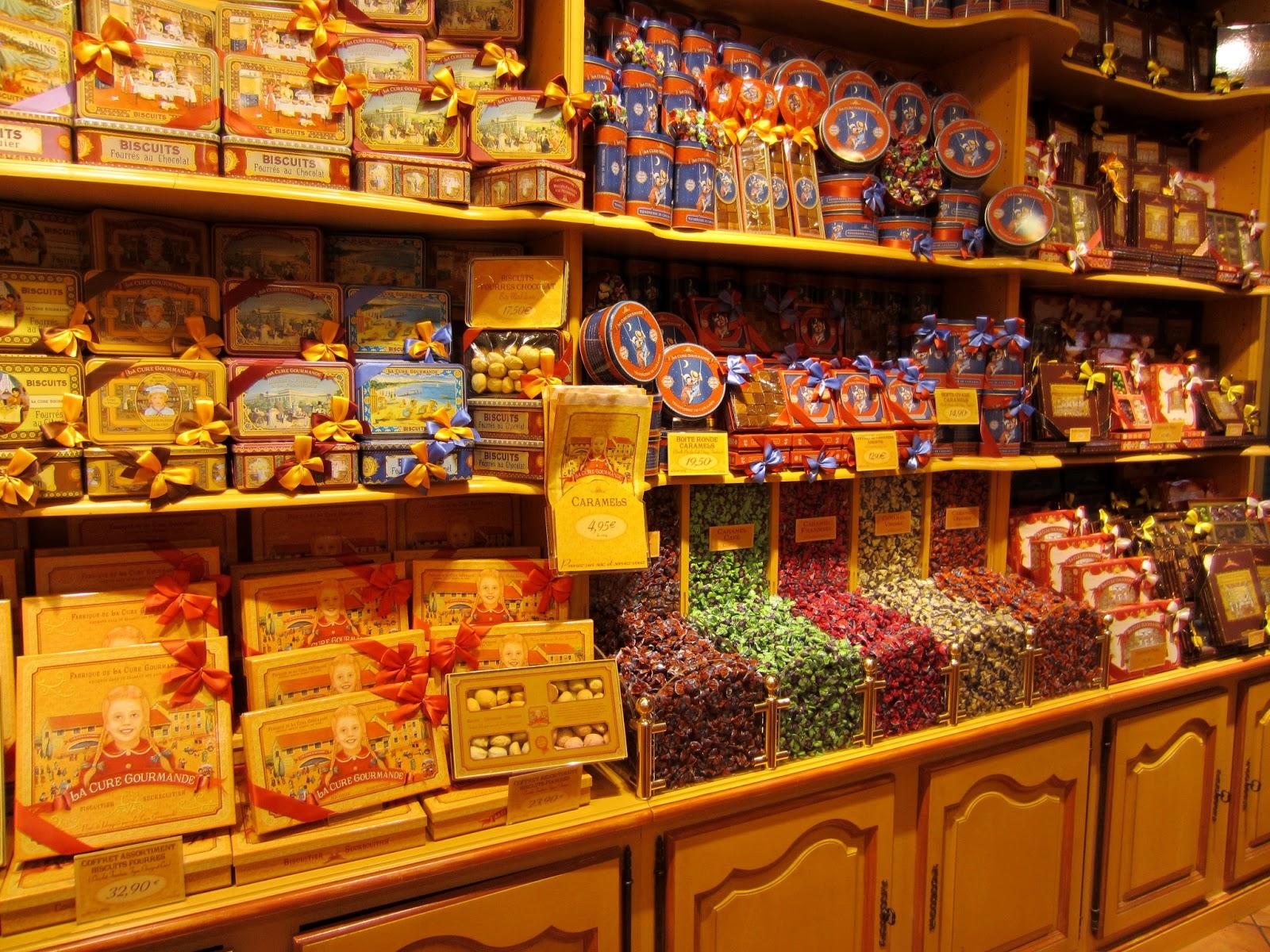 http://2.bp.blogspot.com/-b-CBNekMUGo/UOyYa4ffK0I/AAAAAAAABLQ/d1OTNb1-azI/s1600/sweet+shop+3.JPG