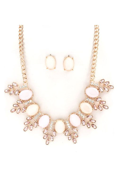 Grace Necklace Set in Aspen