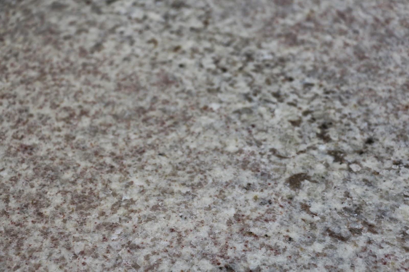 bianco montahna granite