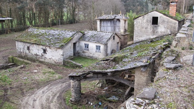 Aldea molinos en venta (RIbadeo) Fuente: aldeas abandonadas