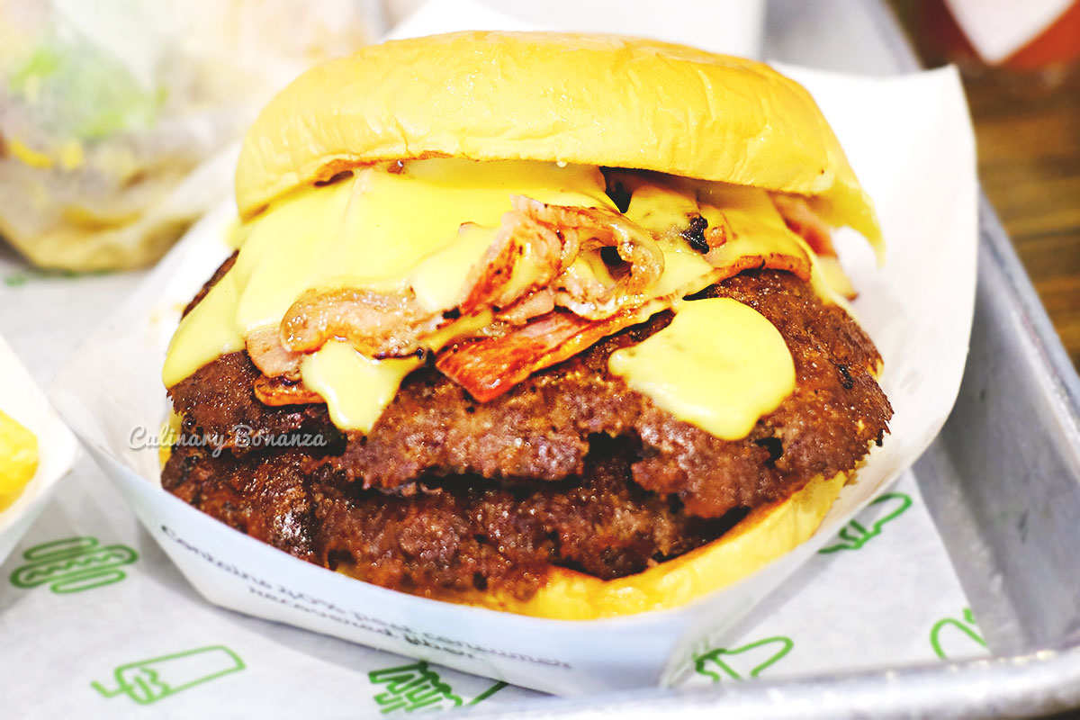 Shake Shack at The Dubai Mall (www.culinarybonanza.com)