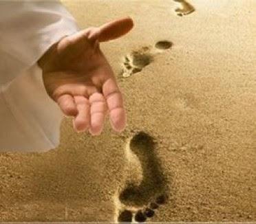 Đi với Chúa trên dòng đời xa vời, dẫu cho mưa nắng sờn vai_ Lm. FX. Thượng