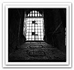 φυλακή κάγκελα παράθυρο